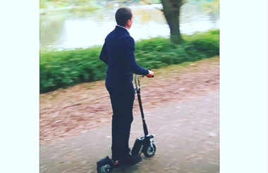 Airwheel Z5 smart folding electric scooter